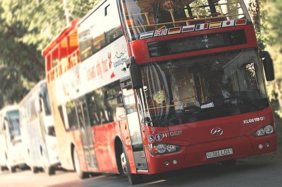bus-818426_640